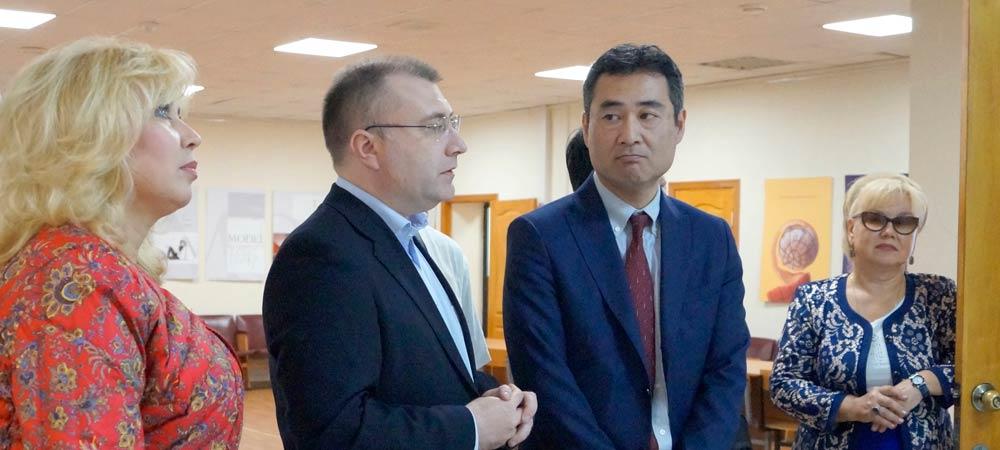 Делегация CASIO посетила школы и вузы Москвы